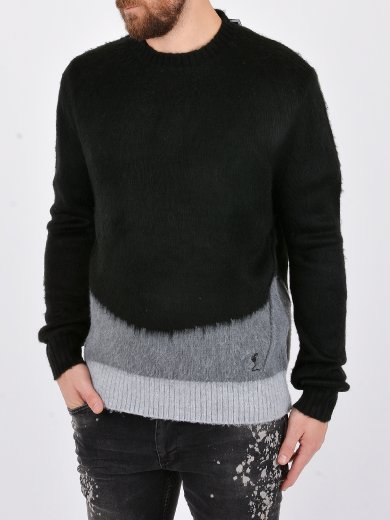 ASH KNIT KNITTED