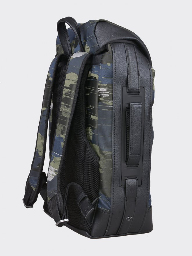 FINTON BACKPACK