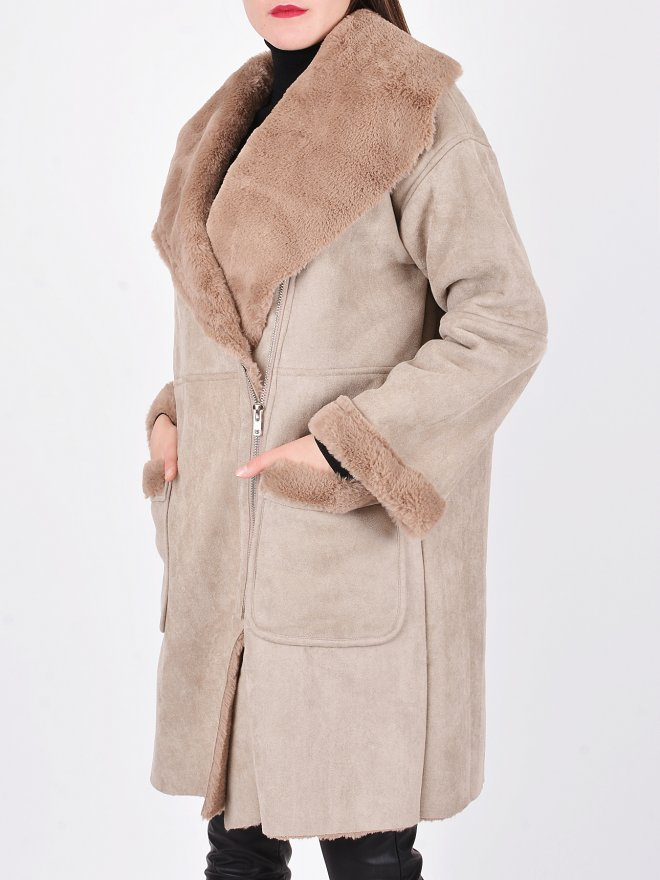 SUCCESSION COAT